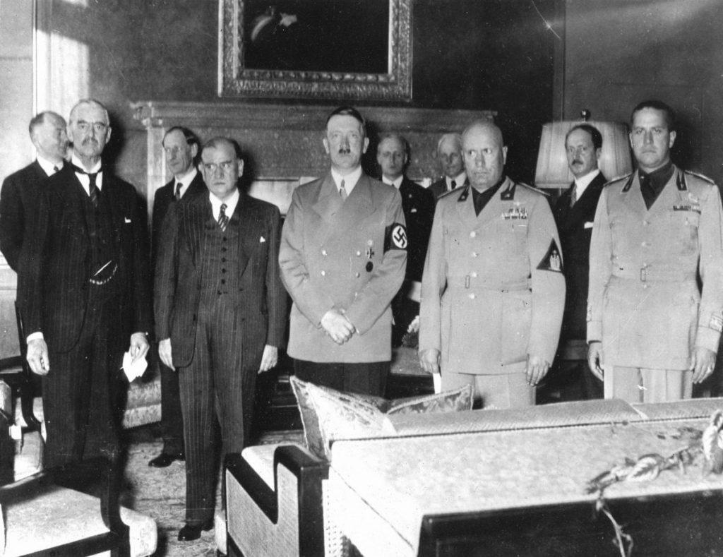 nazis Winston Churchill