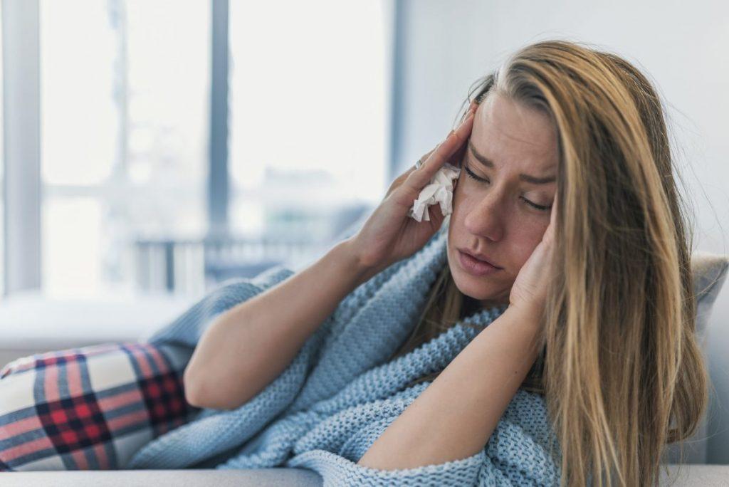 What is adenovirus symptoms