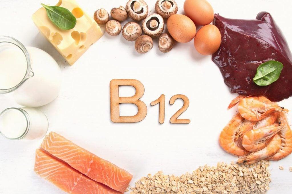 vitamin B12 low hemoglobin