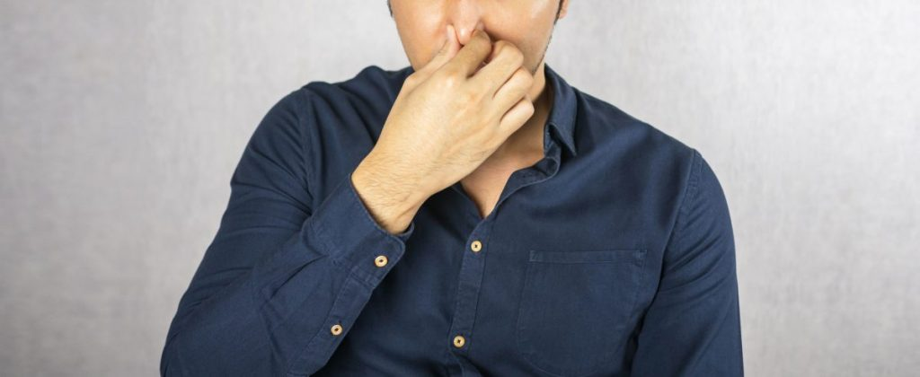 treating nosebleeds at home