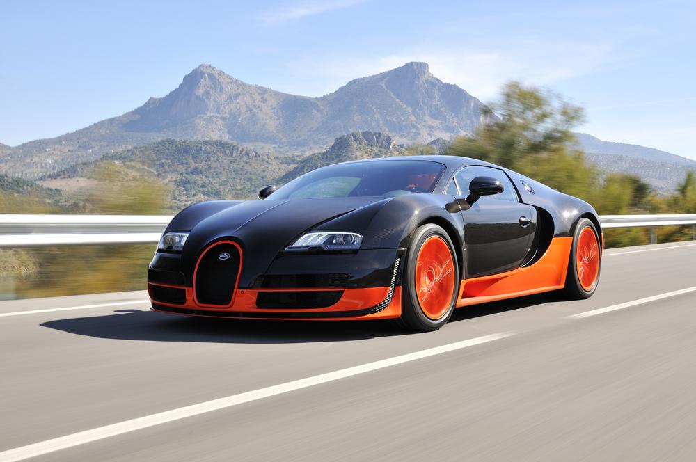 Bugatti Veyron automobiles
