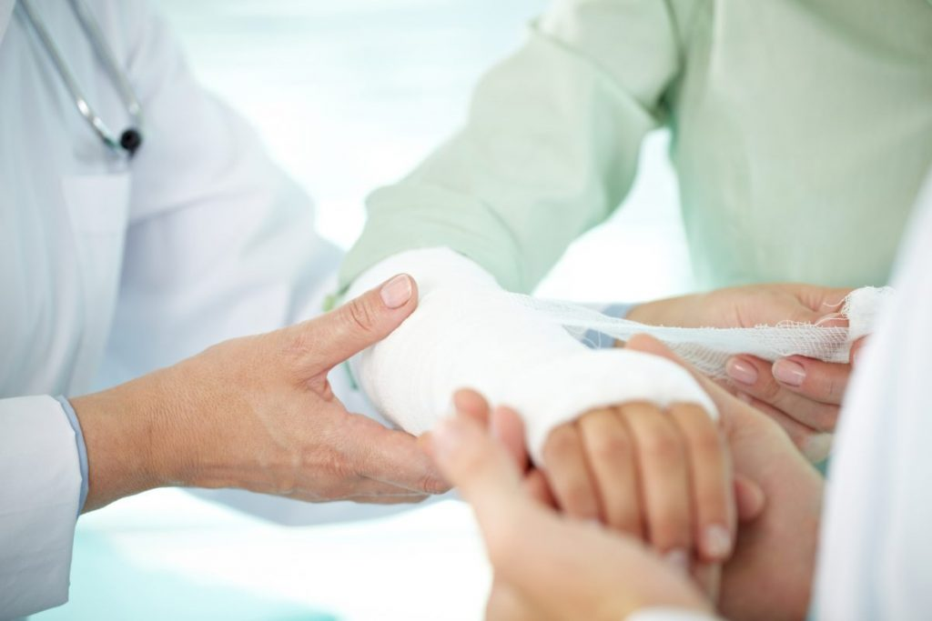 skin grafts damage infection injury