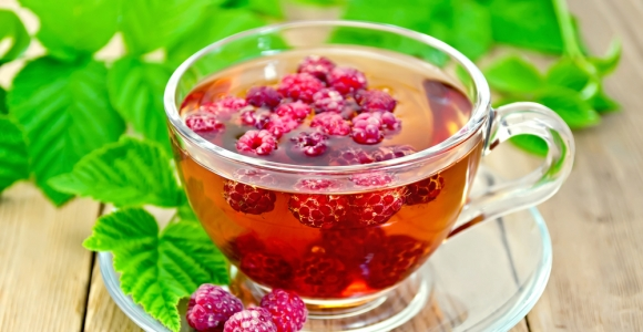 The Scoop on Raspberry Leaf Tea