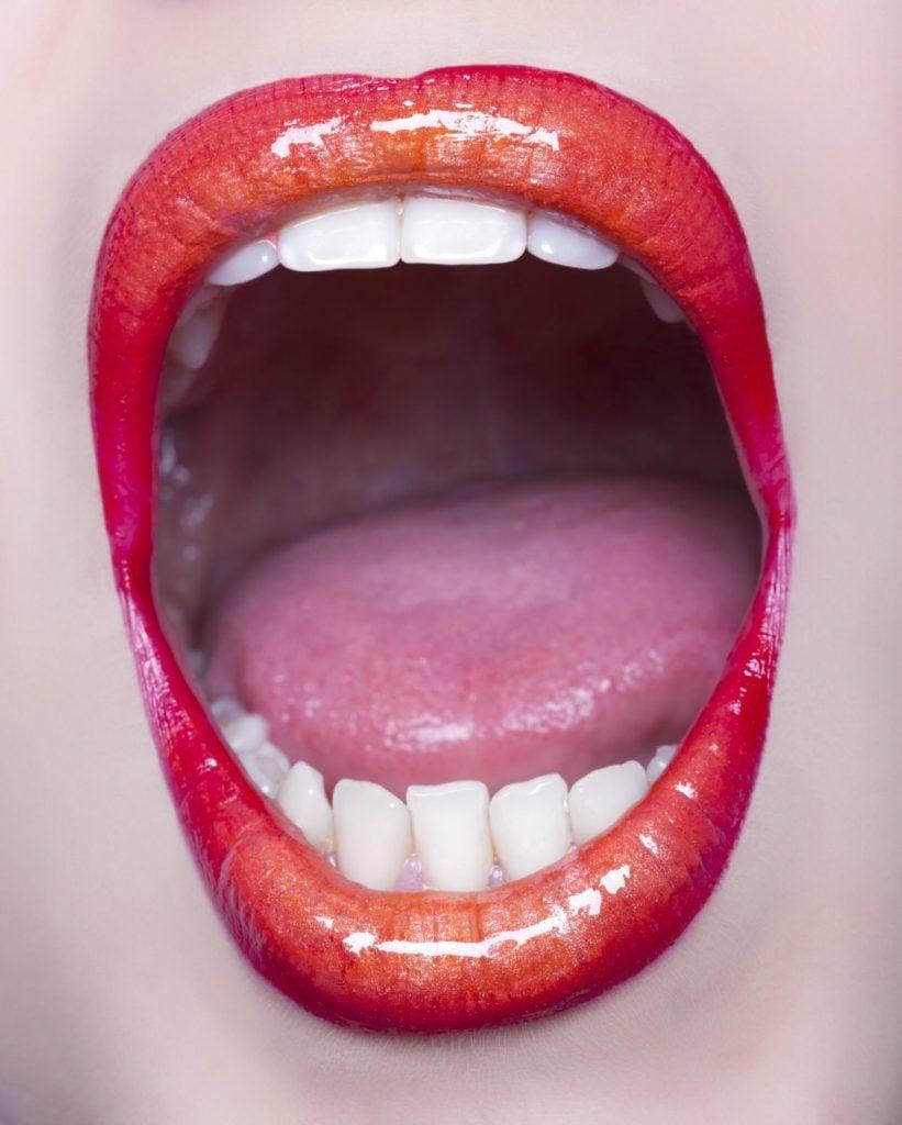 allergies tingling tongue
