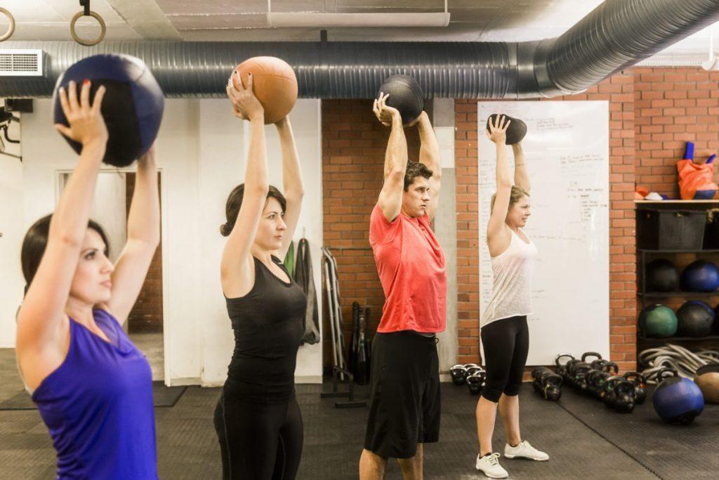 squat medicine ball exercises