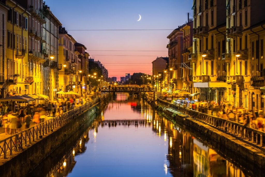 canals Milan