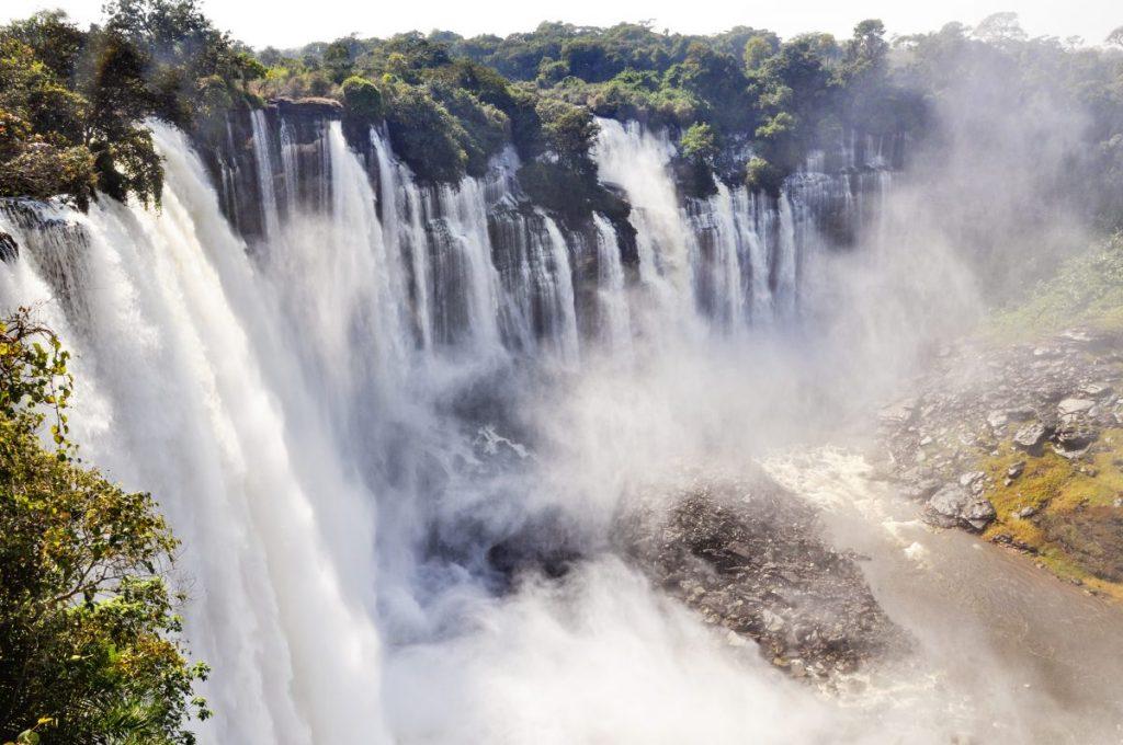 kalandula falls malanje