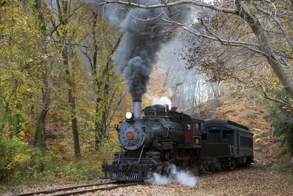 scenic steam engine train ride