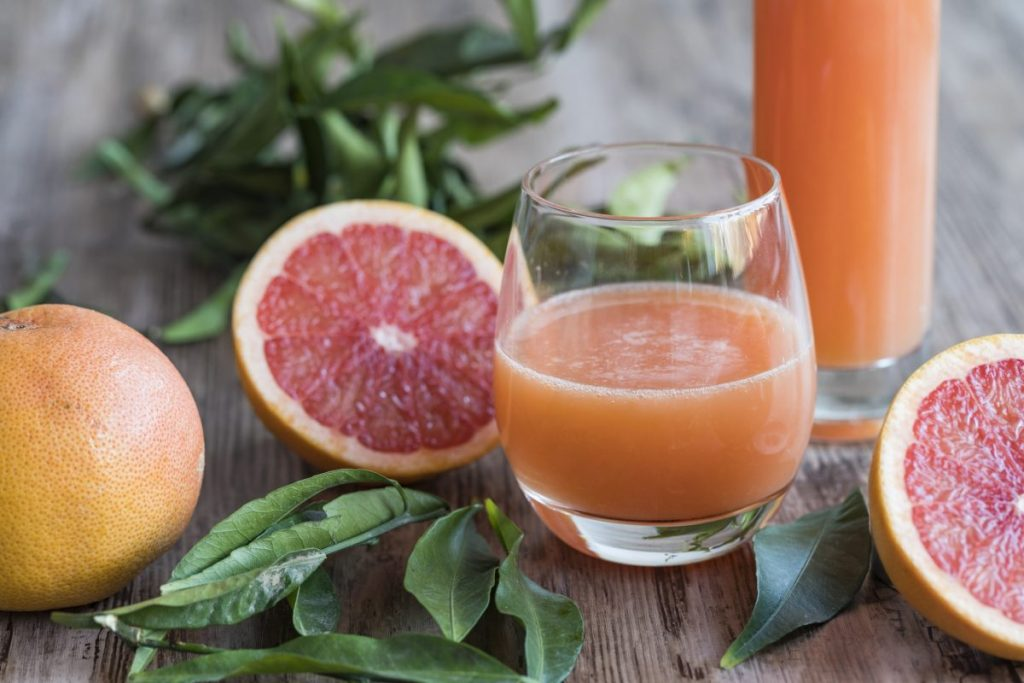 grapefruit juice drink
