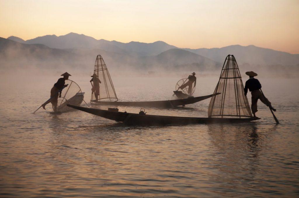 fishermen inle fishing