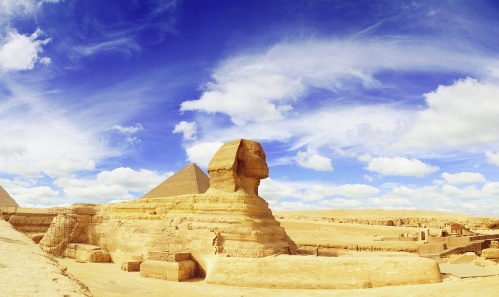 Pyramids of Giza sphinx
