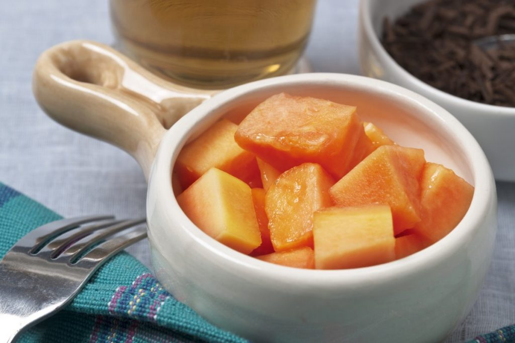 papaya chunks wedges cut