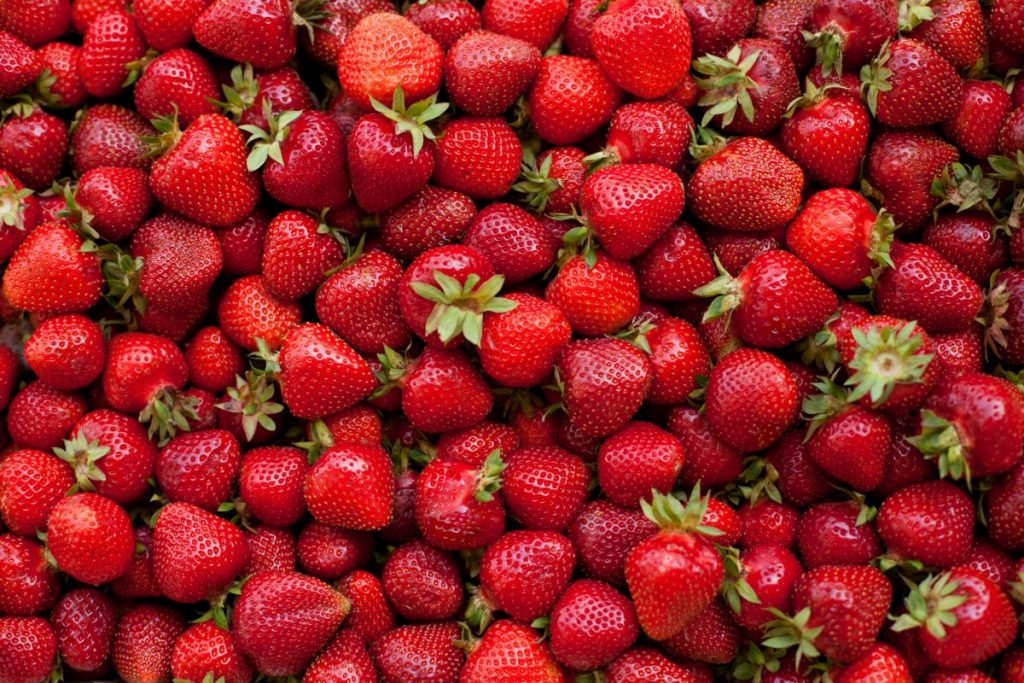 strawberries plump firm clean dry