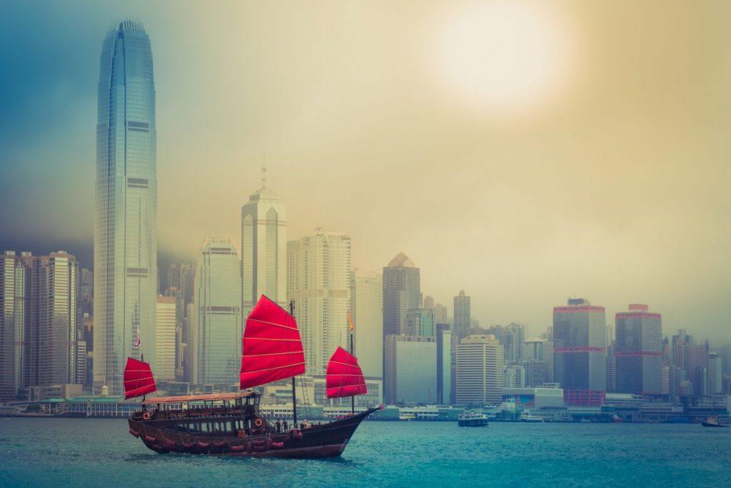 sailboat victoria harbour hong kong