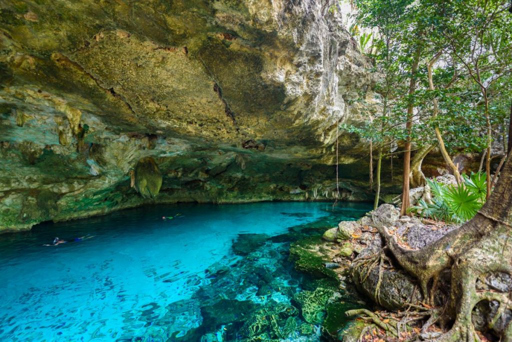 Cenote Dos Ojos Quintana Roo