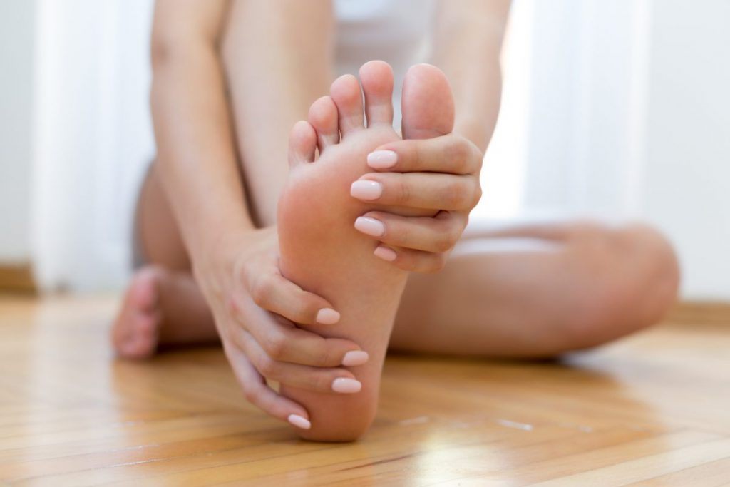 symptoms of hammer toe