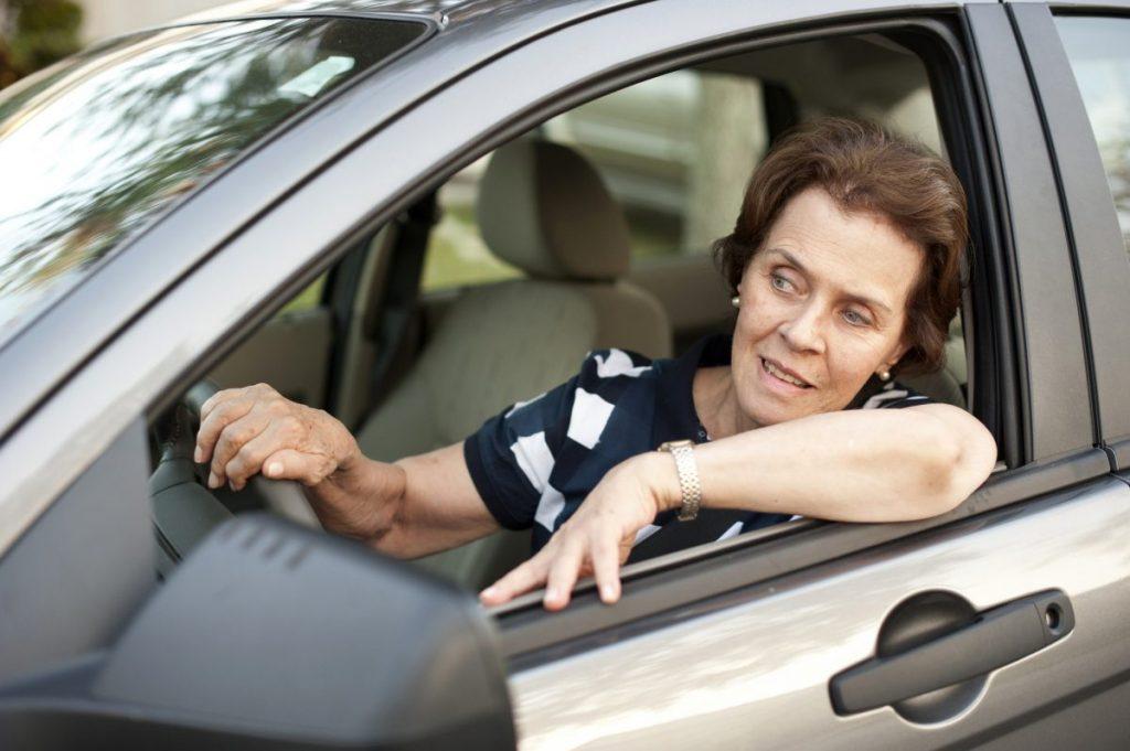 driver's elbow, pressure, vibrations, nerve
