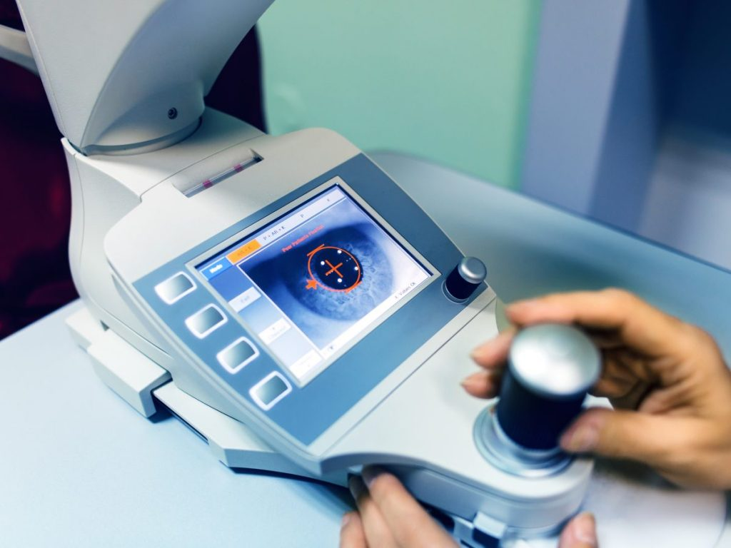corneal surgery transplant