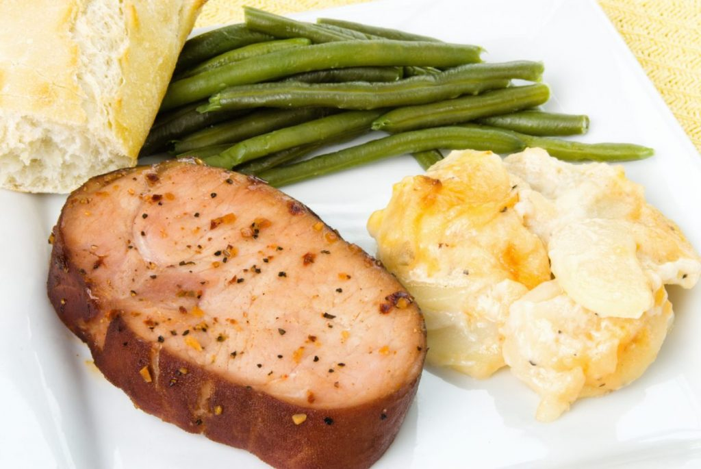 Pork chop with green beans