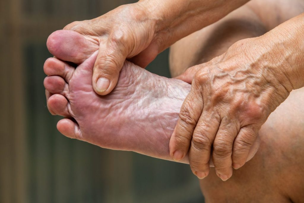 Foot Elderly Rub