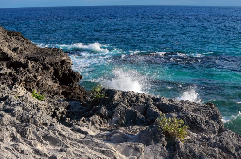 Rugged coast in Spittal Pond Naturel Reserve along South Shore in Bermuda