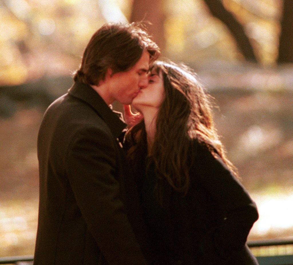 "Actor Tom Cruise kisses co-star Penelope Cruz on the set of his new film ""Vanilla Sky,"" during the first day of shooting November 6, 2000 in New York City''s Central Park. It was announced today that Tom and Penelope's 3 year relationship has reportedly been over since Januray 2004, and is described as an ""amicable"" break-up. The Hollywood pair got together after Cruise, 41, separated from wife Nicole Kidman in 2001."