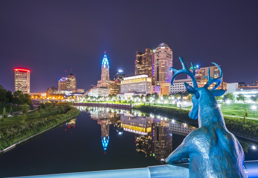 columbus skyline at night