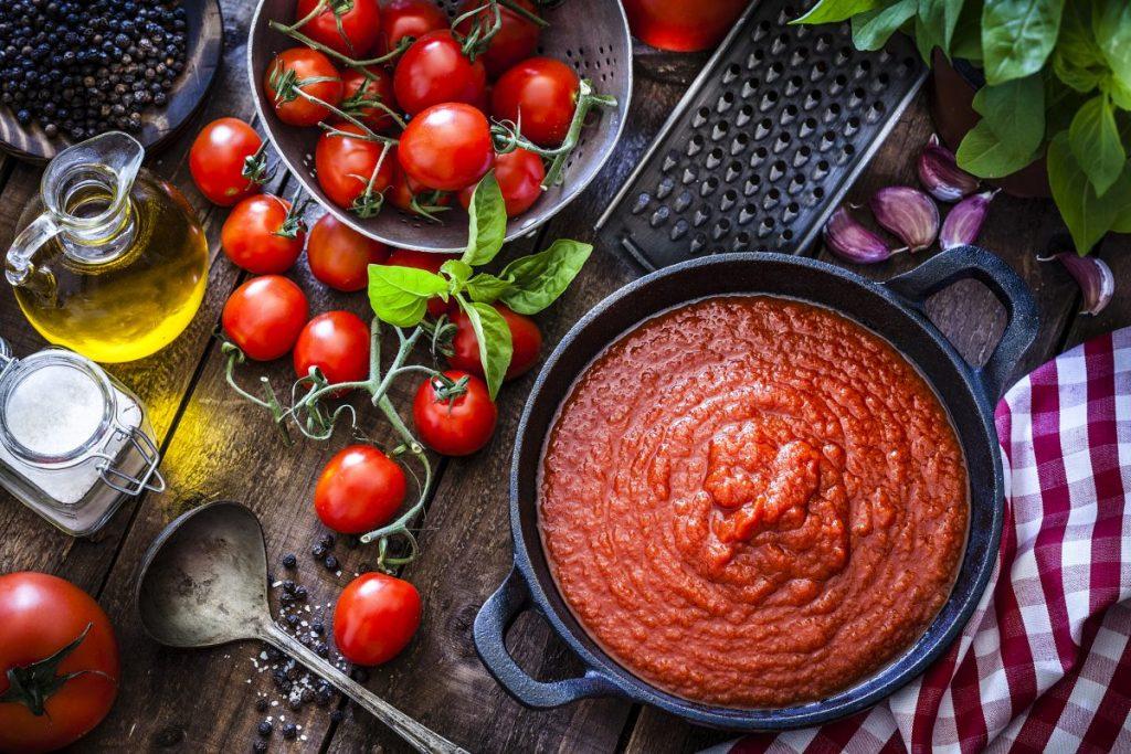 sauce, prepared, homemade, garlic, onion
