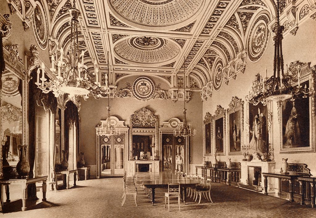 The State Dining Room, Buckingham Palace, 1935. From King Emperor's Jubilee, by F. G. H. Salusbury (Daily Express Publications, London, 1935)