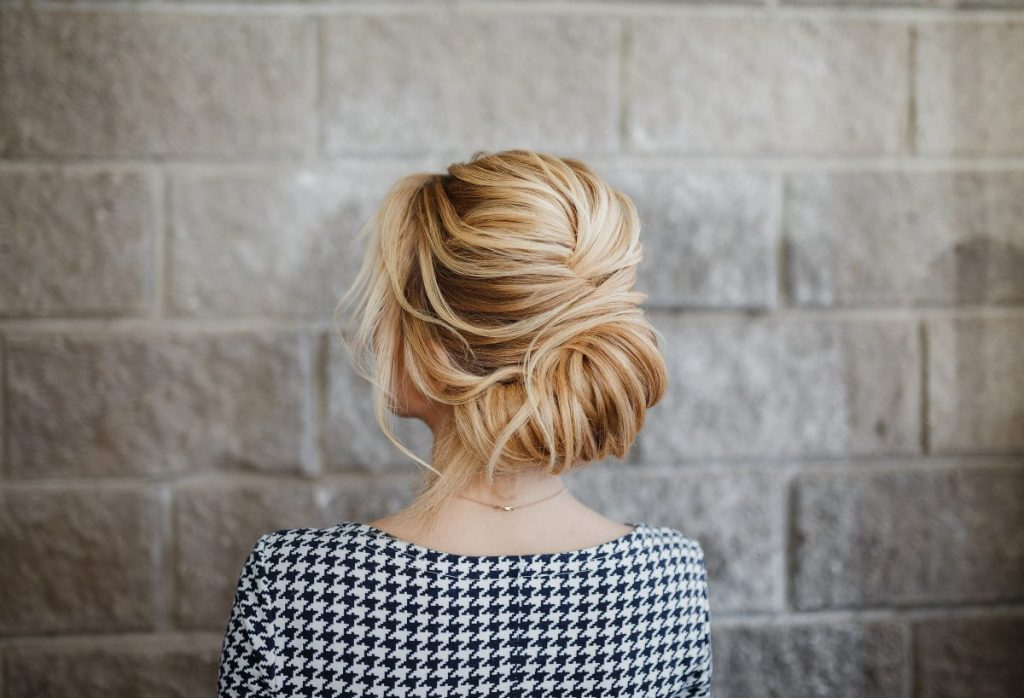 texture, stabilize curls, scrunchie, chignon