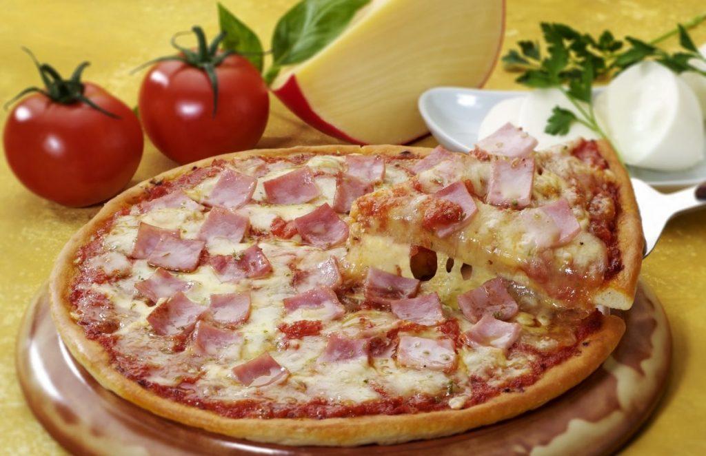pizza ham slice