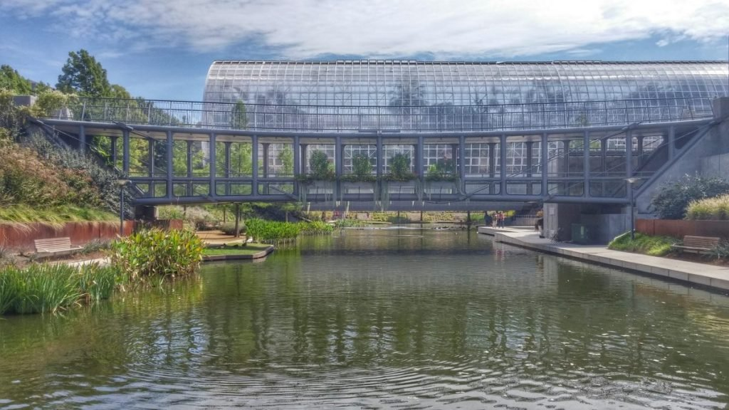 crystal bridge conservatory