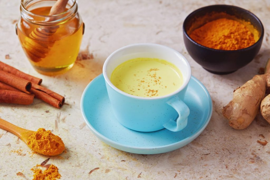 ginger milk turmeric honey cinnamon