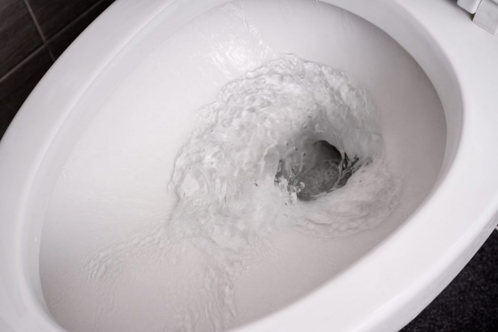 flush toilet empty tank