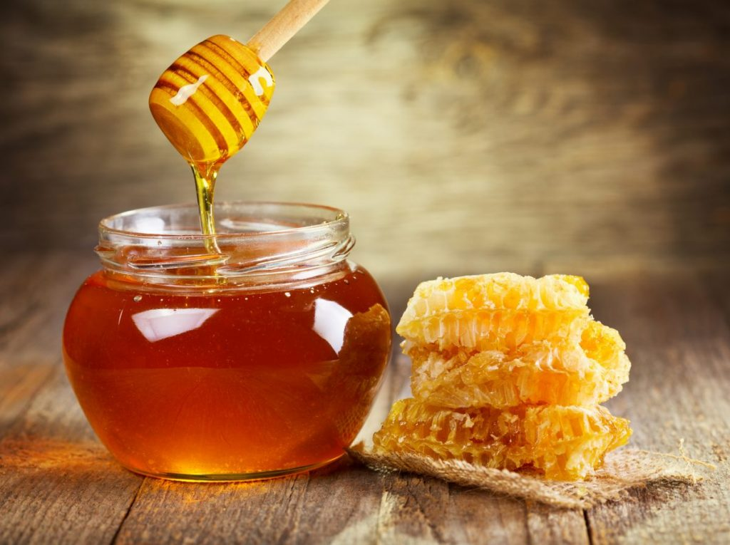honey jar honeycomb