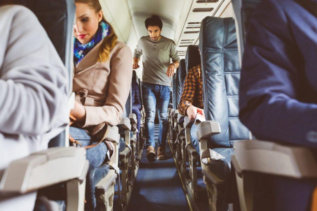 plane walking aisle thrombophlebitis