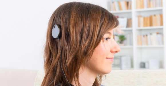 Cochlear Implants: Understanding the Benefits and Risks