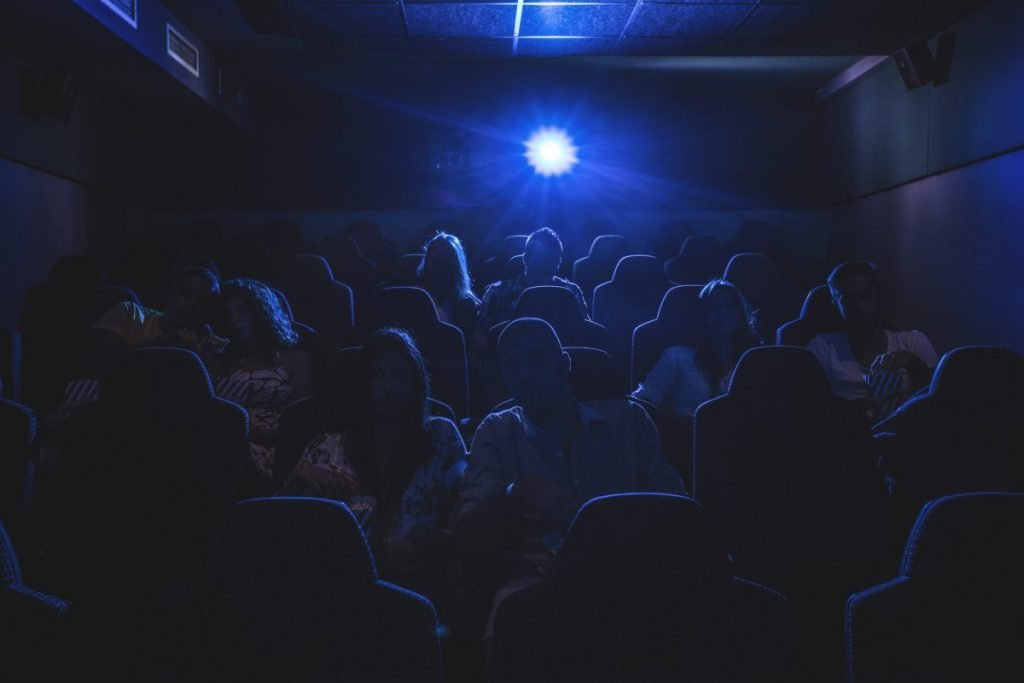 retinitis dark theater