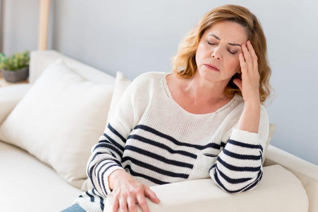 headache symptoms cushing's disease unwell