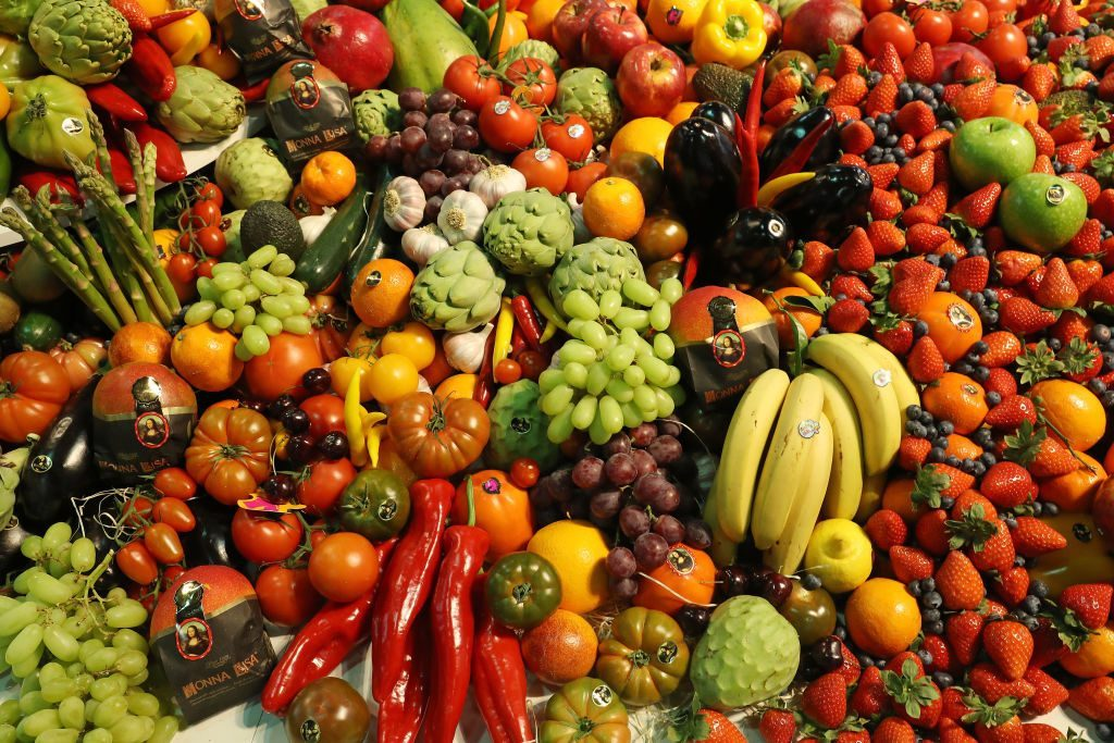 raspberries, fresh fruit, vegetables, contaminated