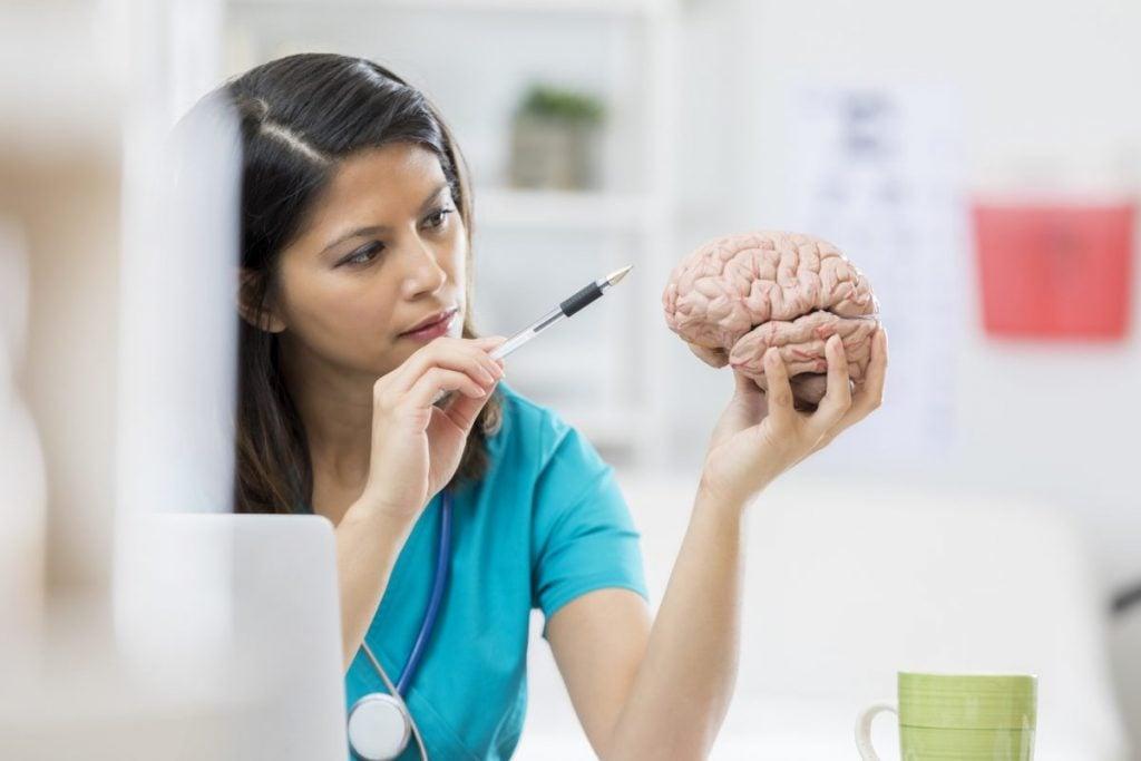 neurologist brain frontal lobe