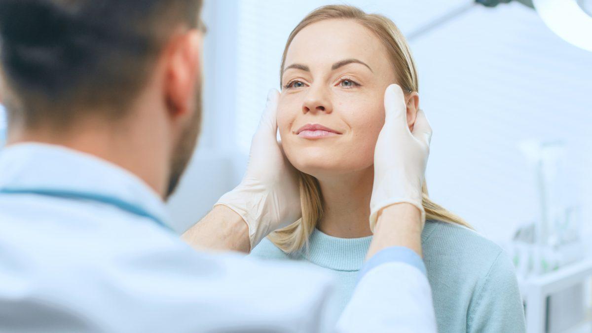 consultation cosmetic procedure dermaplaning