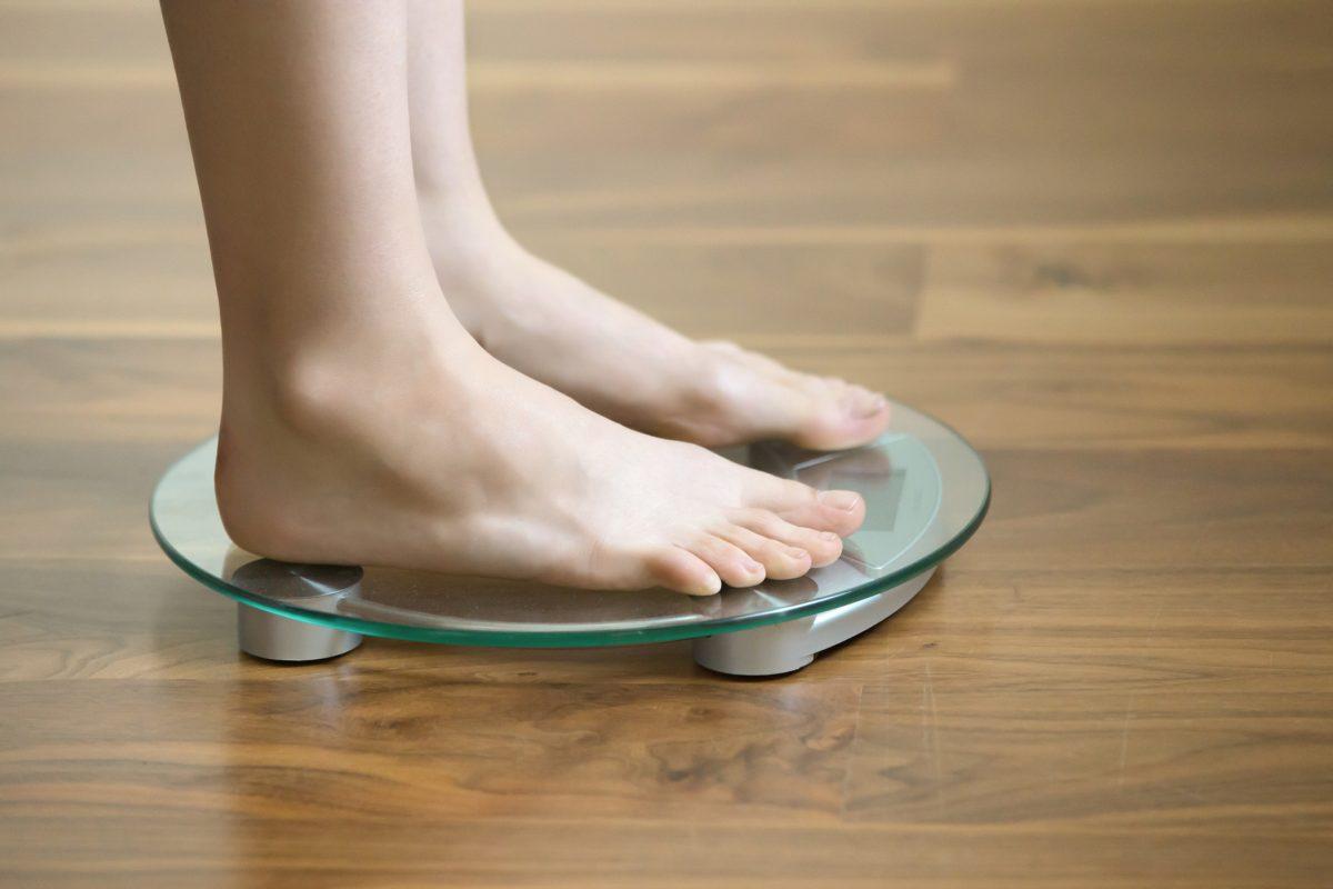 nausea food aversion low weight
