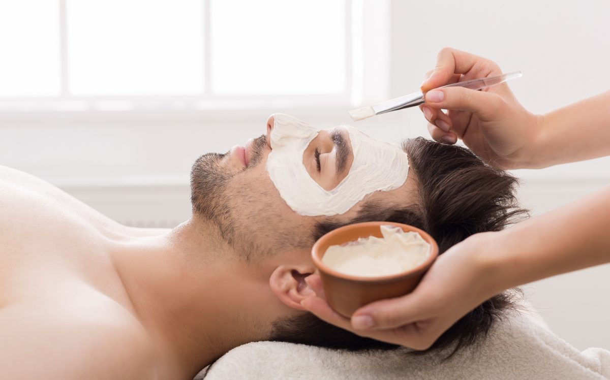 male clay mask