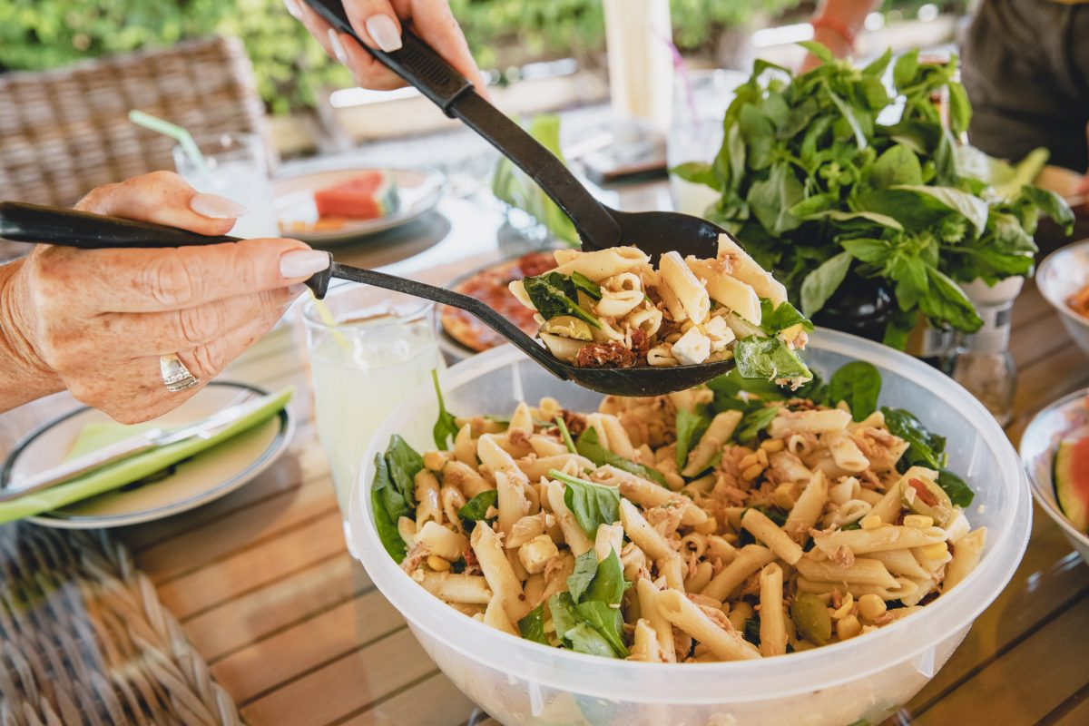 pasta salad tuna picnic