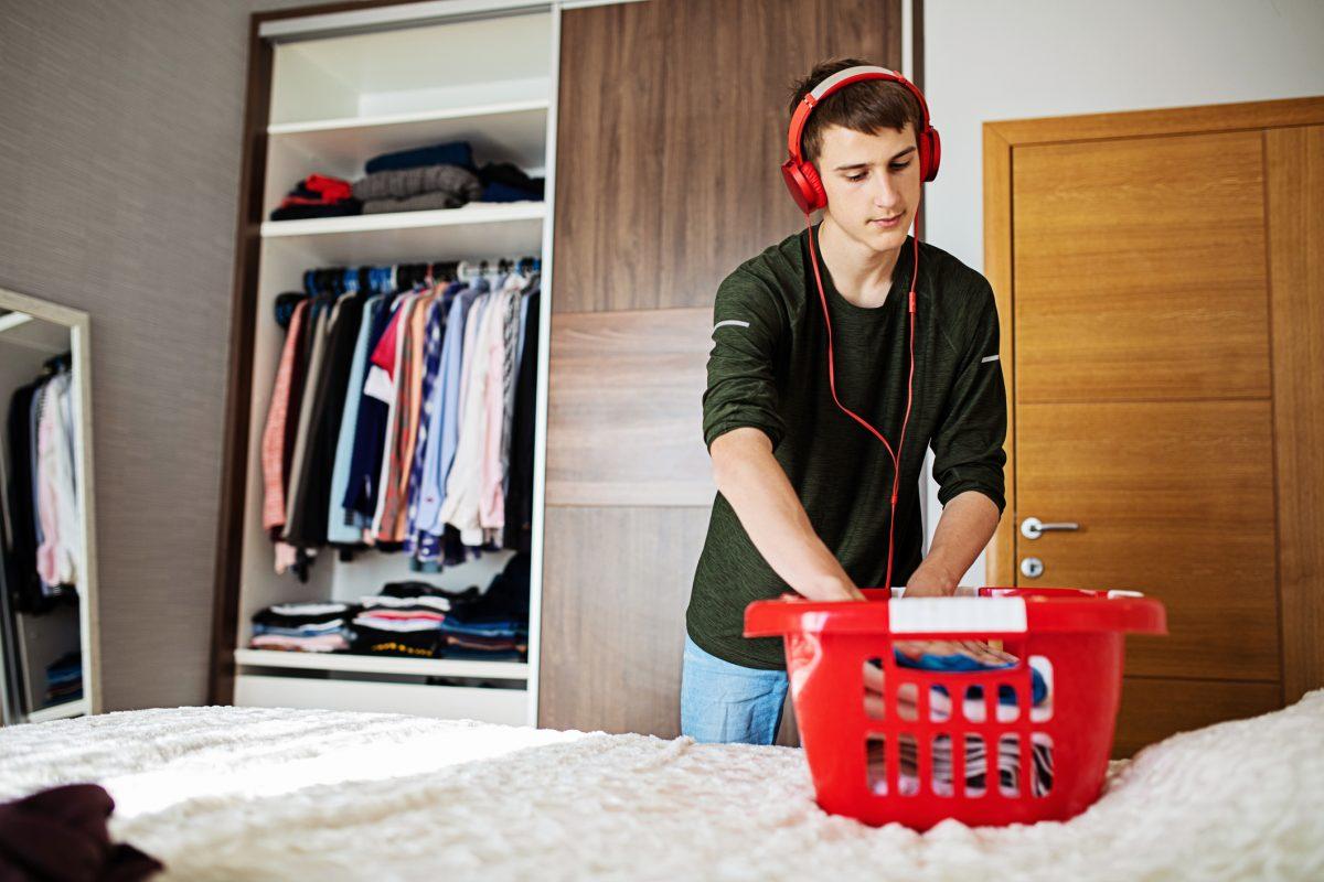 A tidy closet works best