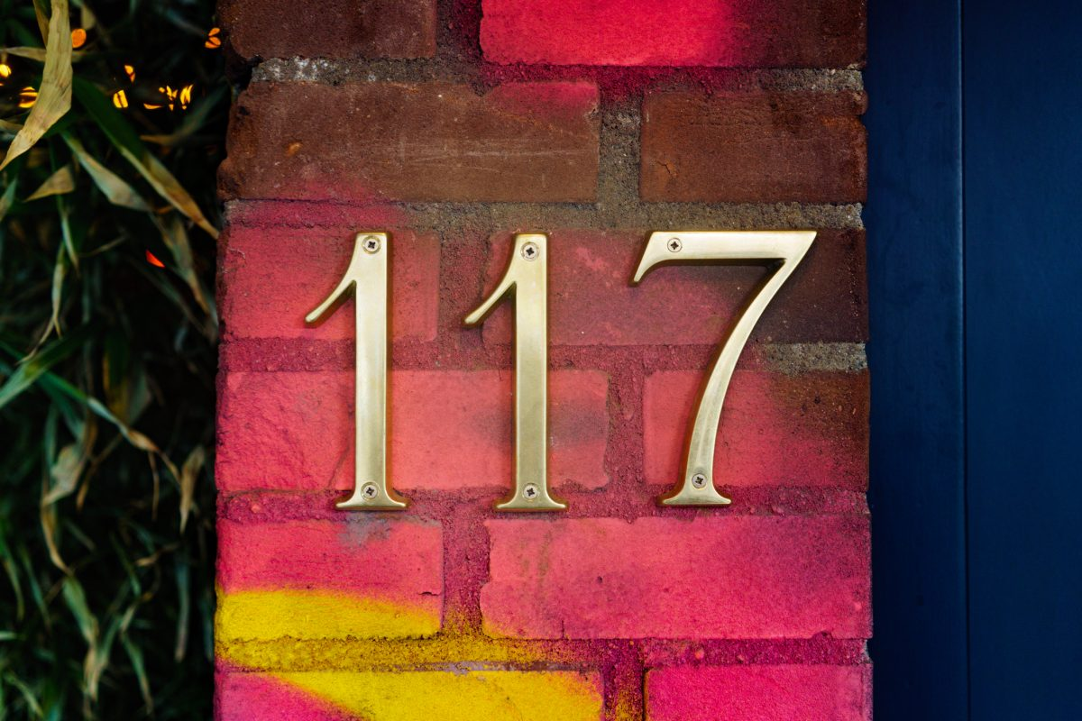 Colors help house numbers pop