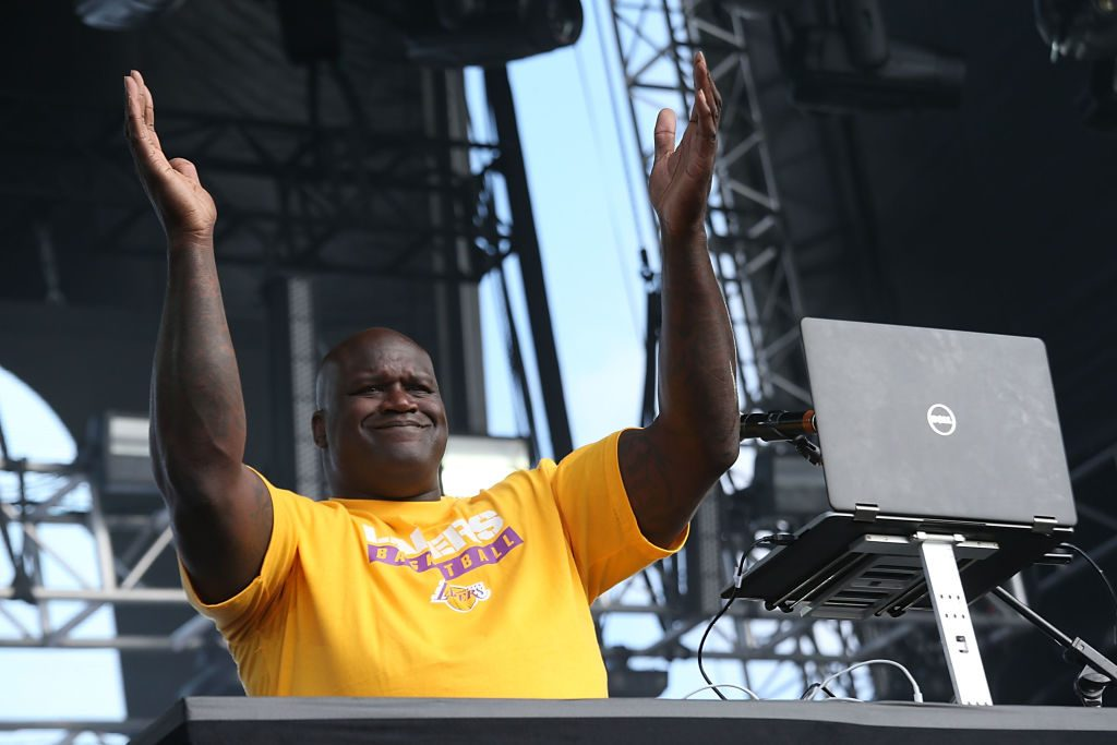 Shaq performing as DJ Diesel