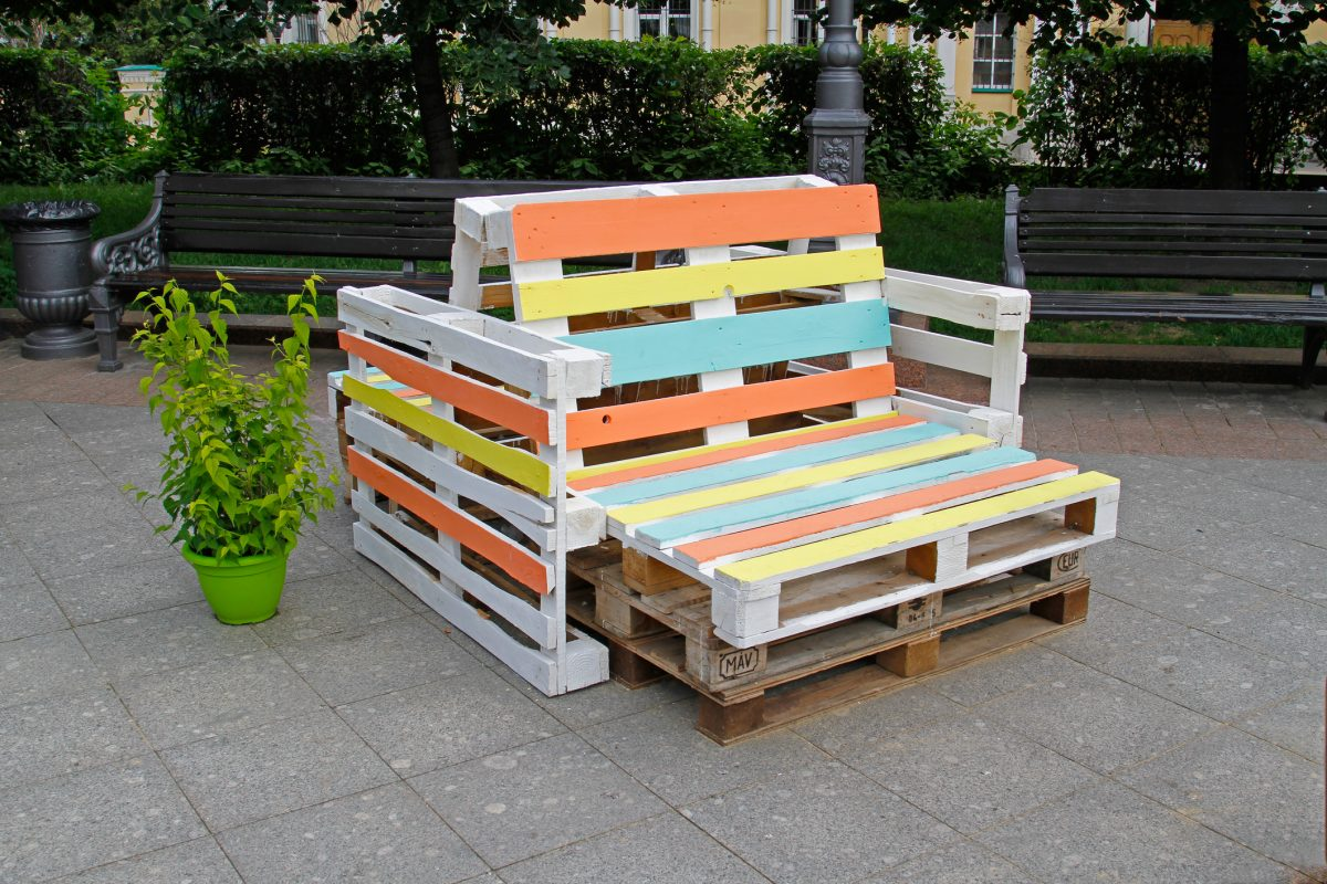 pallet lawn chairs decor