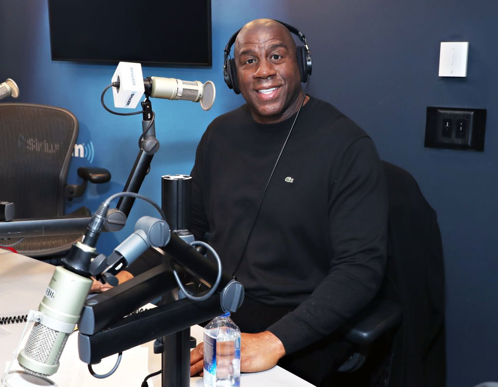 "Earvin ""Magic"" Johnson visits the SiriusXM Studios on November 29, 2018 in New York City."